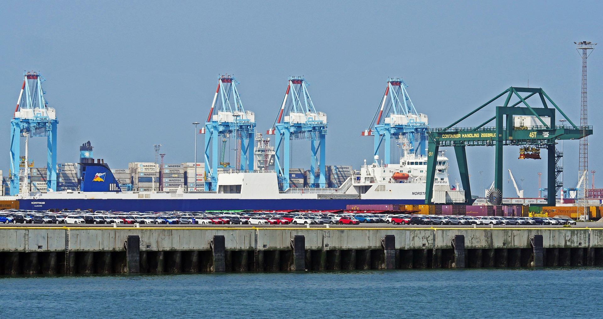 zeebrugge-4355191_1920.jpg