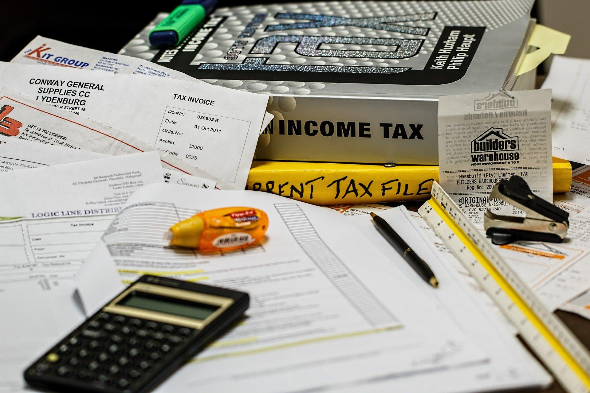 income-tax-491626_1920.jpg